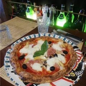 Photo pizza capricciosa andiamo osteria